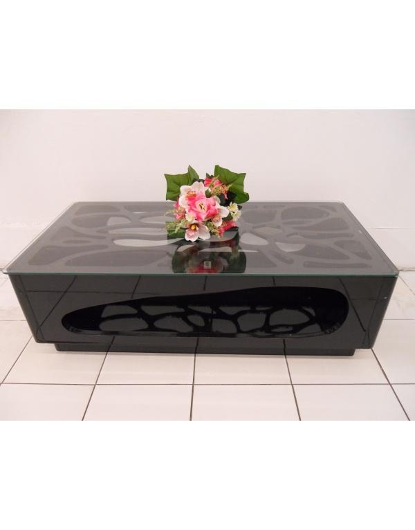 table basse laqu e noir et blanche deco meubles. Black Bedroom Furniture Sets. Home Design Ideas